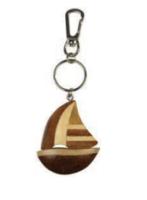 Llavero velero madera